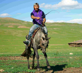 ecovoyagemongolie-local-guide-ogie