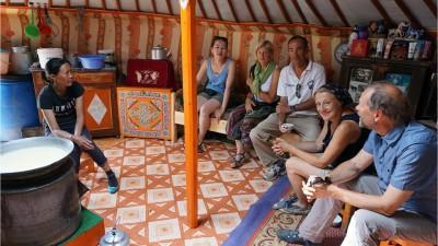 Au fil des yourtes à Ulziit, région de l'Arkhangaï