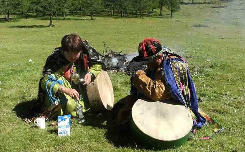 Qu'est un chaman  sélon tradition chamanique mongole